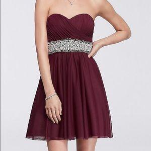 Short Sweetheart Maroon Dress Beaded Waist Size 3